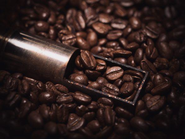 cafe-crema-spilled
