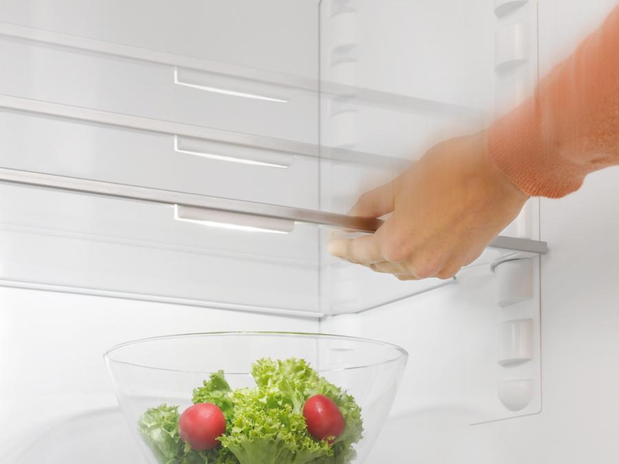 Освещение FlexiLight в холодильниках Miele